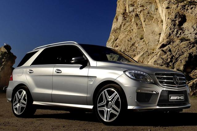 2015 Mercedes-Benz M-Class ML 350 Sport Utility Slide 0