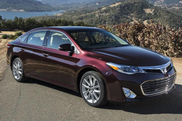 2014 Toyota Avalon LIMITED 4dr Car Slide 0