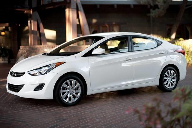 2013 Hyundai Elantra LIMITED PZEV 4dr Car Slide 0