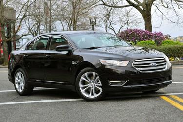 2017 Ford Taurus LIMITED 4dr Car