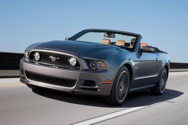2014 Ford Mustang V6 PREMIUM 2dr Car Durham NC