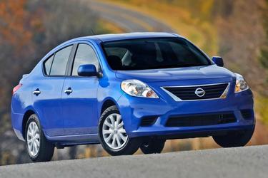2014 Nissan Versa S Sedan Merriam KS