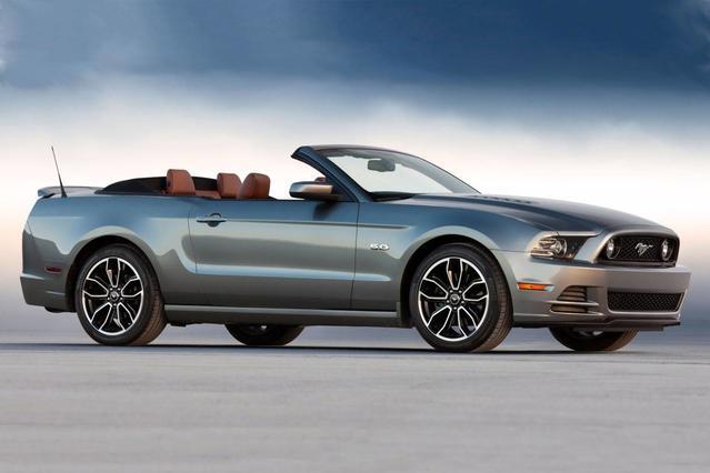 2014 Ford Mustang GT PREMIUM 2dr Car Slide 0
