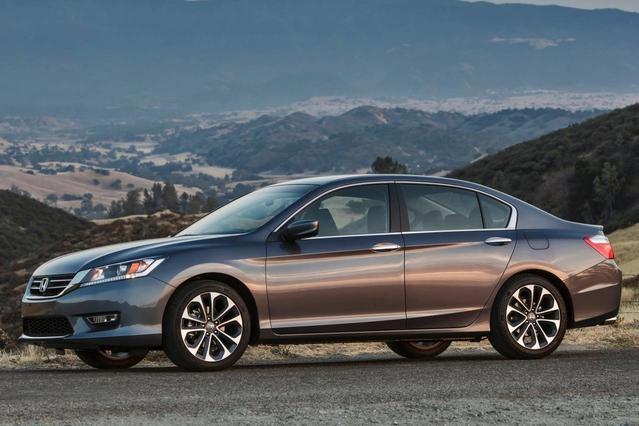 2014 Honda Accord Sedan EX-L 4dr Car Slide 0