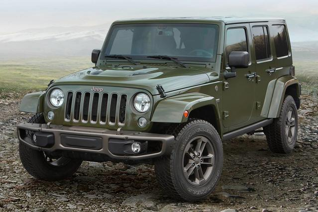 2016 Jeep Wrangler UNLIMITED SPORT Slide 0