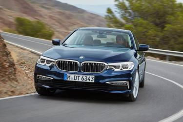 2017 BMW 5 Series 540I Sedan Slide