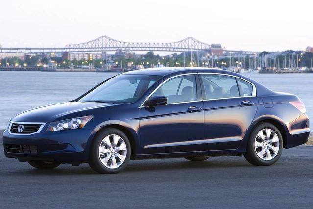 2008 Honda Accord Sdn EX-L 4dr Car Slide 0
