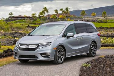 2018 Honda Odyssey TOURING Minivan Slide