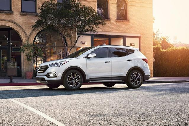 2018 Hyundai Santa Fe Sport 2.0L TURBO ULTIMATE Sport Utility Slide 0