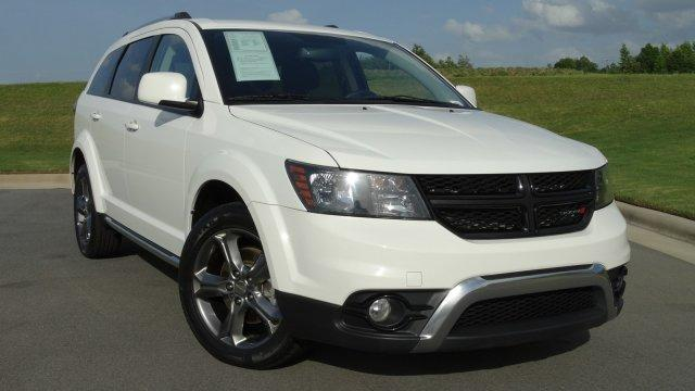 2016 Dodge Journey CROSSROAD Sport Utility Slide 0