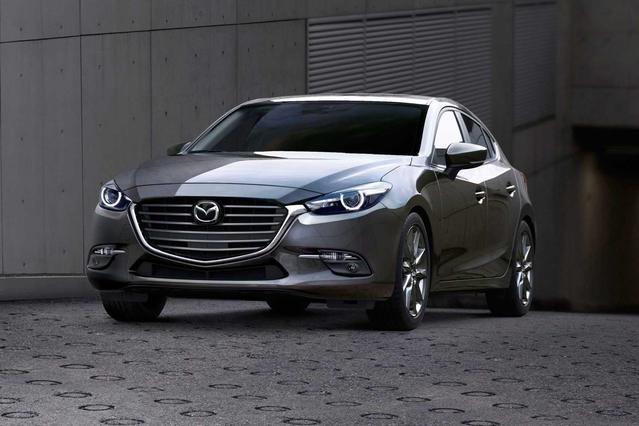 2018 Mazda Mazda3 4-Door TOURING 4dr Car Slide 0