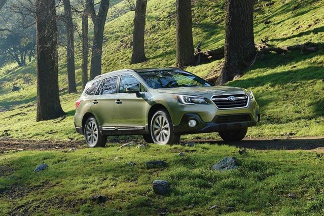 2018 Subaru Outback 2.5I Sport Utility Slide 0