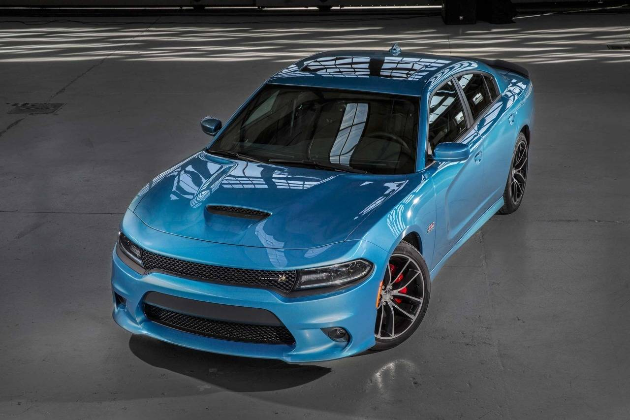 2017 Dodge Charger SXT 4dr Car Slide 0