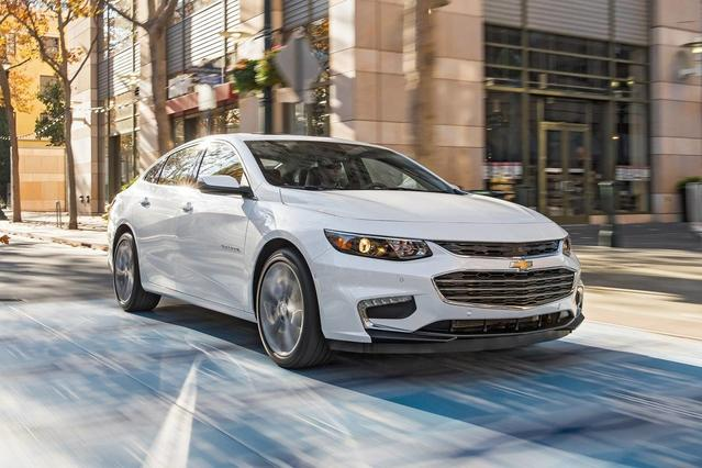 2018 Chevrolet Malibu LS 4dr Car Slide 0