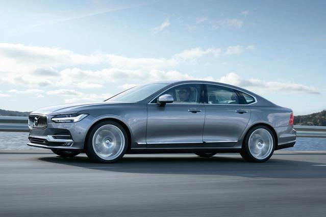 2018 Volvo S90 INSCRIPTION Sedan Slide 0