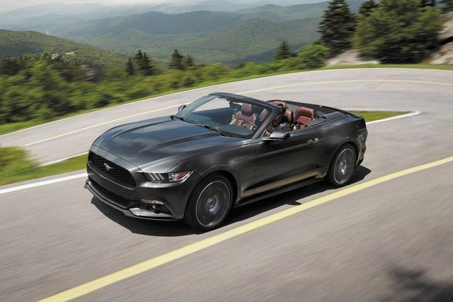 2017 Ford Mustang V6 2dr Car Slide 0