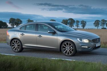 2018 Volvo S60 INSCRIPTION Sedan North Charleston SC