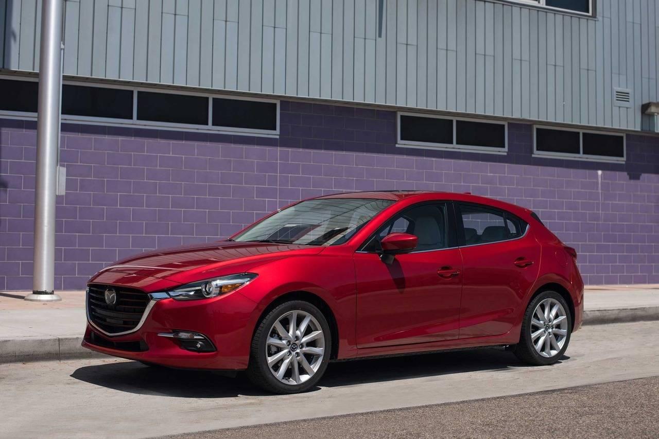 2018 Mazda Mazda3 4-Door SPORT 4dr Car Slide 0