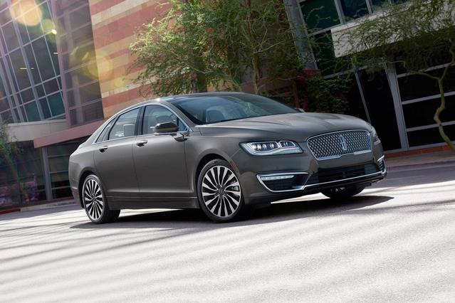 2018 Lincoln Mkz SELECT 4dr Car Slide 0