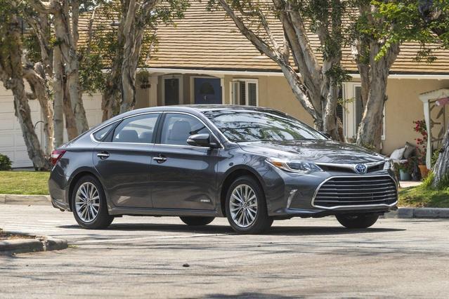 2018 Toyota Avalon HYBRID LIMITED HYBRID LIMITED 4dr Car Merriam KS