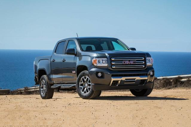 2018 GMC Canyon ALL TERRAIN Crew Cab Pickup Slide 0