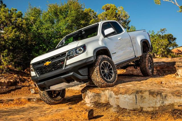 2018 Chevrolet Colorado ZR2 4D Crew Cab Slide 0