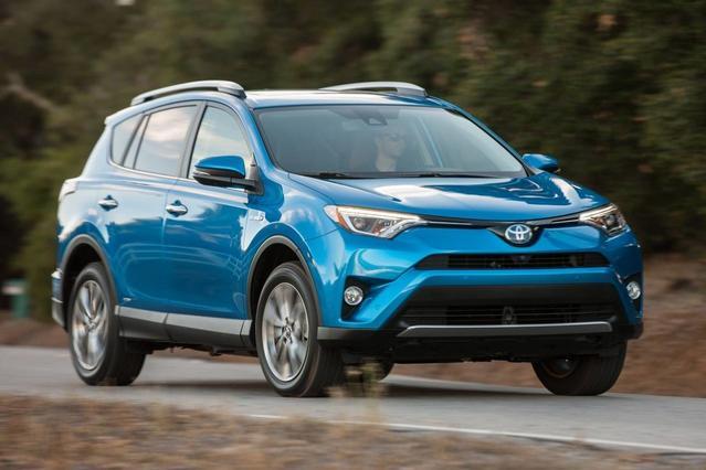2017 Toyota Rav4 Hybrid XLE Sport Utility Slide 0