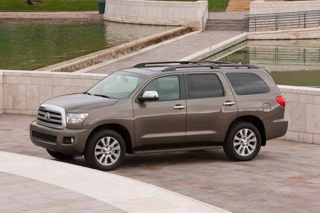 2018 Toyota Sequoia PLATINUM PLATINUM 4WD Sport Utility Merriam KS