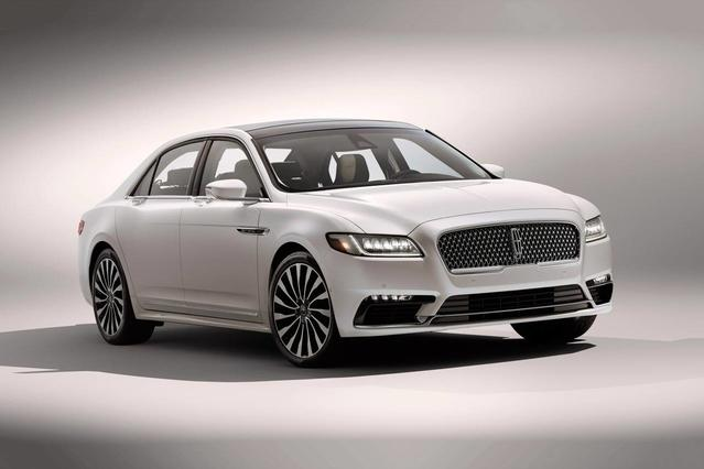 2018 Lincoln Continental SELECT 4dr Car Slide 0