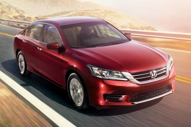 2014 Honda Accord LX 4D Sedan Slide 0