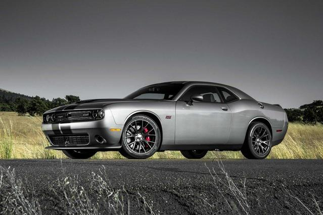 2018 Dodge Challenger GT 2dr Car Slide 0