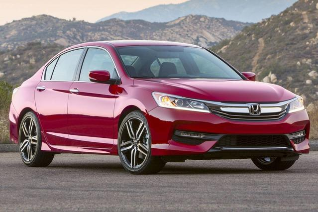 2016 Honda Accord Sedan SPORT 4dr Car Slide 0
