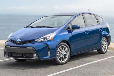 2017 Toyota Prius v FIVE FIVE Station Wagon Merriam KS