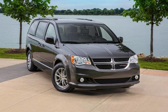 2018 Dodge Grand Caravan SXT Minivan Slide 0