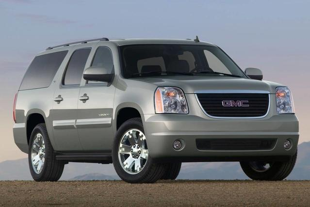 2013 GMC Yukon XL SLT SUV Slide 0