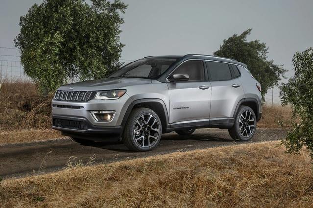 2018 Jeep Compass LATITUDE 4D Sport Utility Slide 0