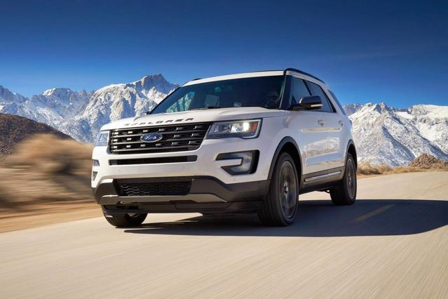 2018 Ford Explorer SPORT SUV Slide 0