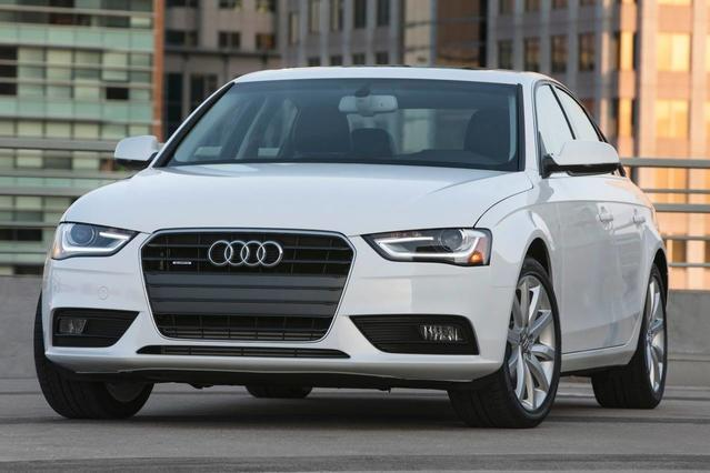 2015 Audi A4 PREMIUM 4dr Car Slide 0