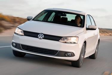 2014 Volkswagen Jetta Sedan SE 4dr Car