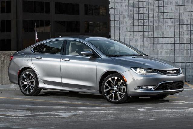 2017 Chrysler 200 LIMITED PLATINUM 4dr Car Slide 0