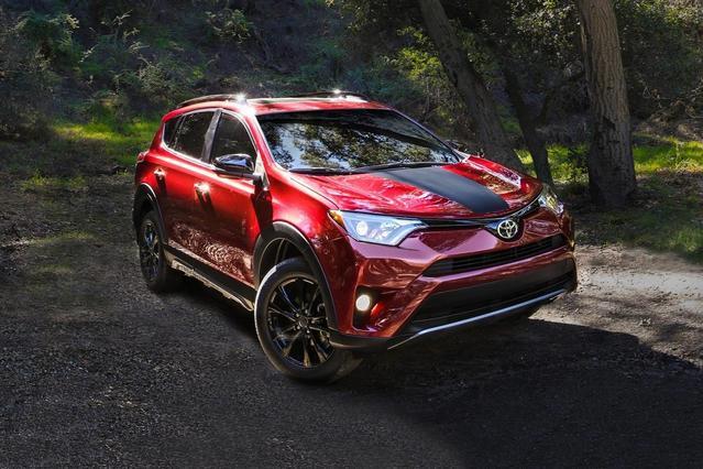 2018 Toyota RAV4 XLE Sport Utility Slide 0