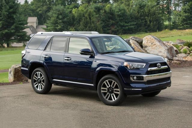 2018 Toyota 4Runner SR5 Slide 0