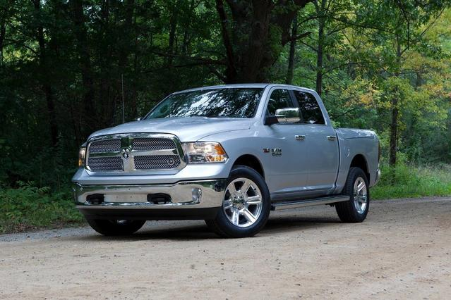 2017 RAM 1500 LARAMIE Short Bed Slide 0