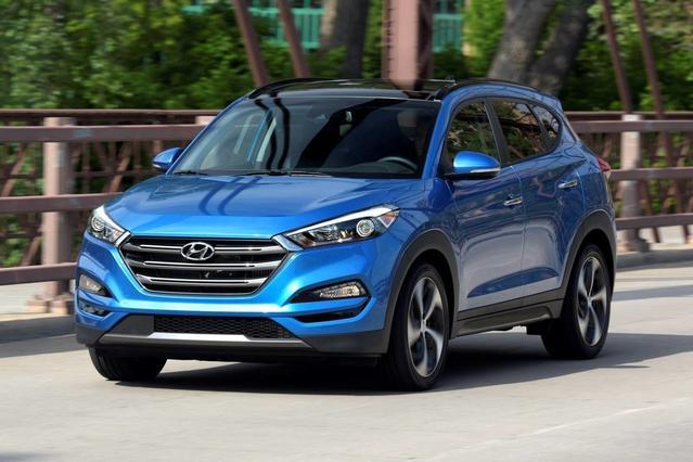2018 Hyundai Tucson VALUE Sport Utility Slide 0