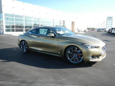 2018 INFINITI Q60 RED SPORT 400 2dr Car