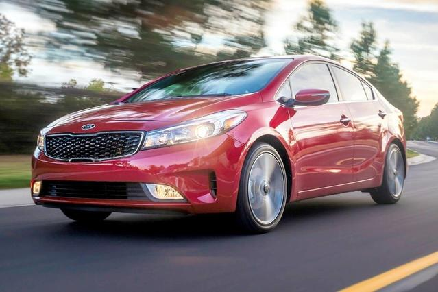 2017 Kia Forte S 4dr Car Slide 0