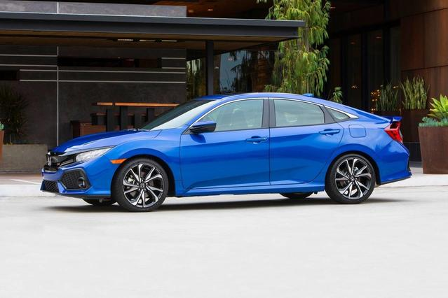 2018 Honda Civic Hatchback EX Hatchback Slide 0