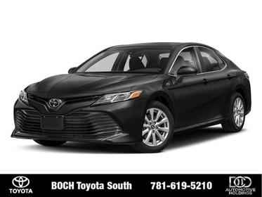 2018 Toyota Camry XLE AUTO 4dr Car