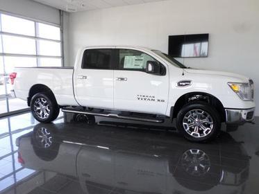 2018 Nissan Titan XD 4X4 GAS CREW CAB SV  NC
