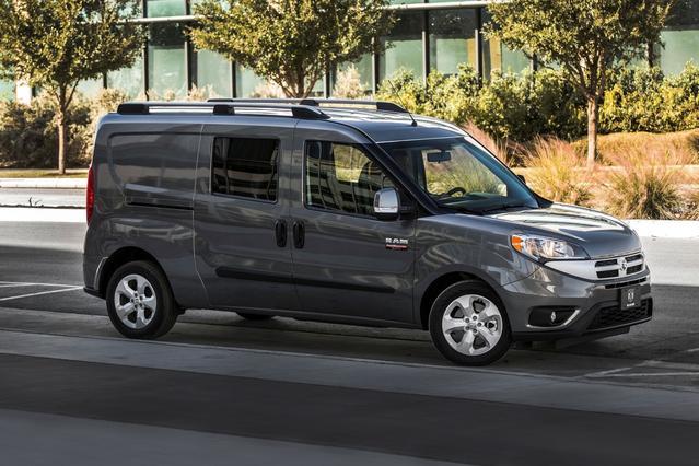 2018 RAM Promaster City Wagon SLT Full-size Passenger Van Slide 0